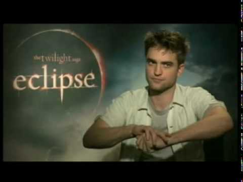 T4 interviews Robert Pattinson - Eclipse junket Video