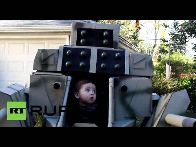 USA: Robo-tot! Check out this SEVEN-FOOT Halloween costume