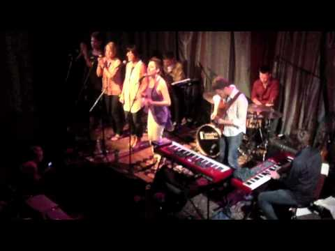 Sara Hallie Richardson   What Would It Be Like (Live)