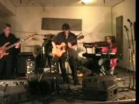 Johnny Winter - Slippin And Slidin