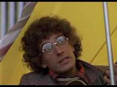 1992 - на дерибасовской хорошая погода, или на брайтон-бич опять идут дожди - павел смеян пел песню выть, пить