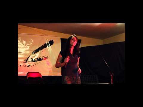 Justyna Serafin - Wariatka Tańczy (Poezja śpiewana)
