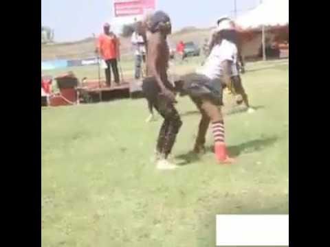 رقص كوميدي إفريقي الموت ديال الضحك على شعبي المغربي thumbnail