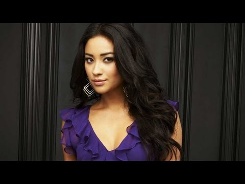 Shay Mitchell's PRETTY LITTLE LIARS Prom Tips! - SPECIAL PROGRAMMING