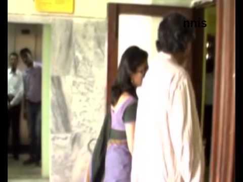 Saradha Scam- Aparna Sen Appears For Interrogation