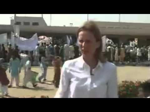 Pervez Musharraf arrives back in Pakistan.