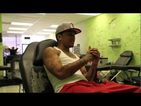 Kirko Bangz Gets Tatted Up