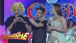 It's Showtime Miss Q & A: Vice Ganda gets emotional