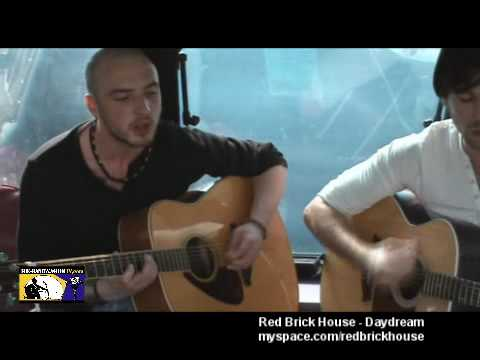 Red Brick House - Daydream - Galway City - The Band Wagon Tv - 17th April 2010.wmv
