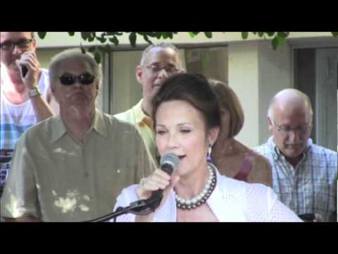 Linda Carter at Lindsay Wagner's Star on the PS Walk of Fame.wmv