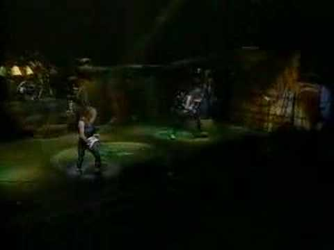 Iron Maiden - 2 Minutes to Midnight (Live After Death)