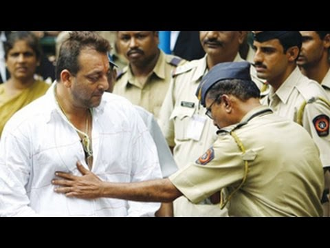 Sanjay Dutt to surrender on 16th May 2013