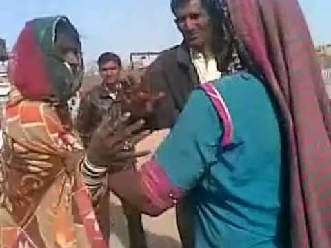 Rajasthani Women Fight video