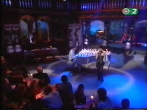 Zsédenyi Adrienn és Rakonczai Viktor (Dáridó) - Haza Találsz