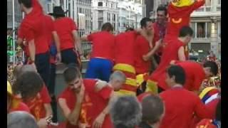 Thumb Video de como Piqué escupe a Pedro Cortés en el Bus de Celebración