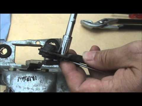 Repairing Ford Focus Windscreen Wiper Motor Linkage