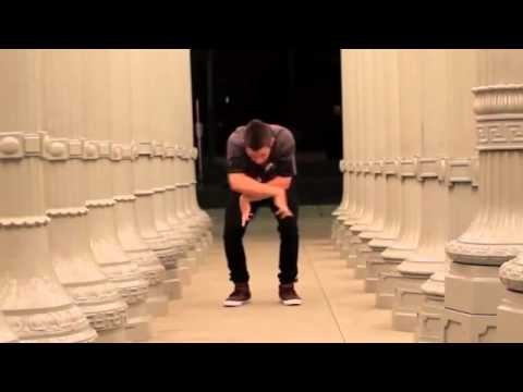Pacman Dubstep Dance