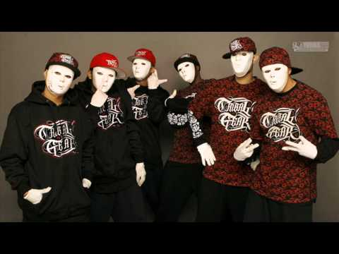 03 Robot Remains |the Bangerz - Jabbawockeez [by Ivana.studio] video