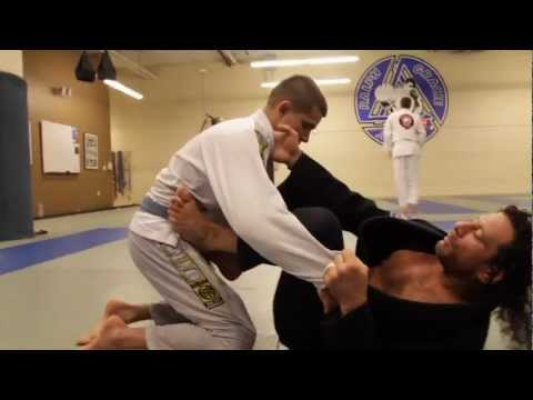 Kurt Osiander's Move of the Week - Open Guard Sweep Image 1
