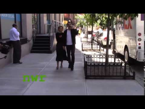 Sam Worthington and Lara Bingle go on a New York City stroll