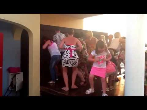 Menorca sea club July 2013 (3) chi chi wa song
