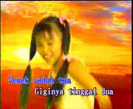 download lagu Burung Kakak Tua - Adik-adik Suria gratis