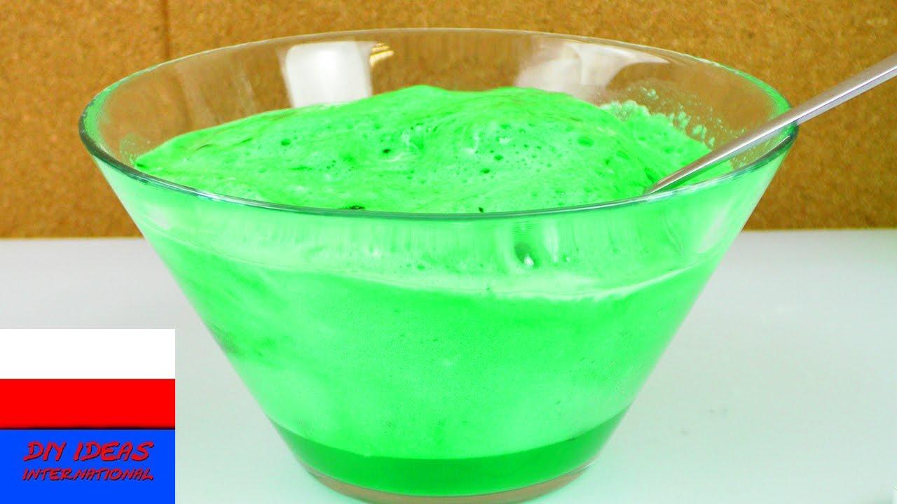 Eksperyment z kwaskiem cytrynowym i proszkiem do pieczenia | jak reagują te dwa składniki z wodą?
