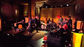 Клип Hugh Laurie - Kiss Of Fire ft. Gaby Moreno (live)