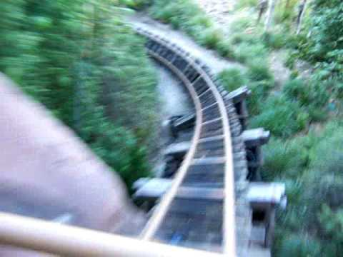 everest roller coaster in