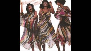 Watch Three Degrees In Love We Grow video