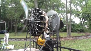 Lycoming R-680 Closeup Running Video with propeller pitch change
