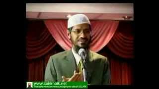 Zakir Naik Q&A-136  |   Should Muslims wish chrismas to Christians