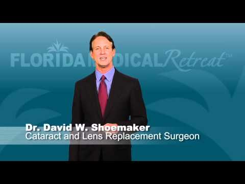 Play David Shoemaker, MD - Cataract Lens Replacement