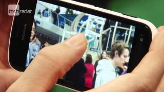 Nokia 808 Pureview Hands on Review_ First Look at MWC