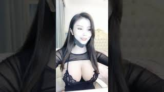 Super big breasts of sexy Chinese women are so sexy so hot so beautiful!