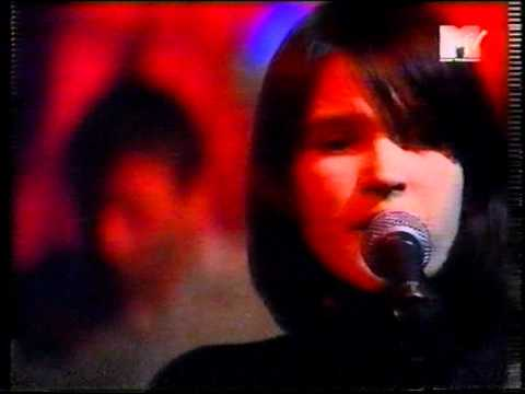 Broadcast - The Book Lovers (live MTV)