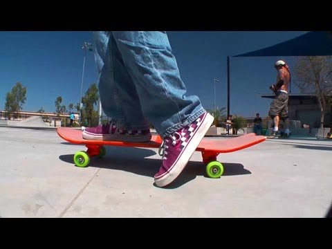 How to start and turn and stop a skateboard? - Learn To Ride A Skateboard (Chapter 4 of 7)