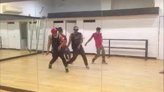 download lagu Yo Yo Honey Singh Dance On Blue Eyes gratis