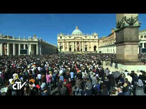 Resurrexit: Pope Francis celebrates Easter.