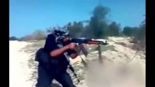 Đây chắc chắn là khẩu AK – 47 made in Tàu Khựa
