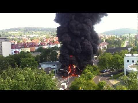 Explosion in Bad Kissingen - brennendes Dämm-Material