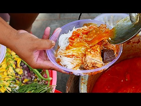 Cambodian Street Food - KHMER NOODLES Phnom Penh Cambodia