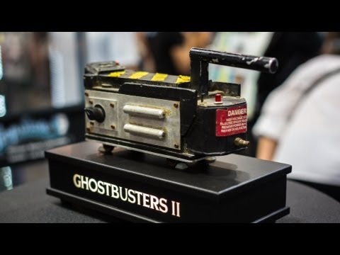Prop Store at Comic-Con: Aliens Motion Tracker & Ghostbusters Trap