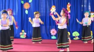 Múa: Cô giáo em là Hoa Eban - Lớp lá 2 Trường MN Ban Mai