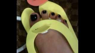 Ariana Grande Feet & Legs (Close-Up)