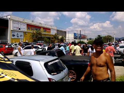 """Carreata na Av. Brasil """"Carro Rebaixado não é crime"""" mais de 850 motoristas."""