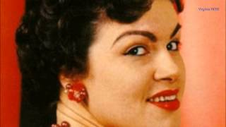 Watch Patsy Cline Sweet Dreams video