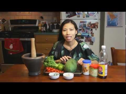 0 Thai Food   Som Tum (Papaya Salad)