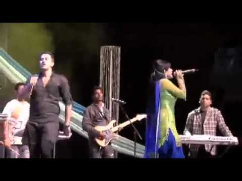 Full Performance Video Miss Pooja Fighting with Roshan Prince HQ 2011 Live Show.mp42.flv