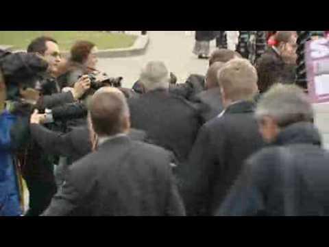BNP leader Nick Griffin attacked by uaf scum